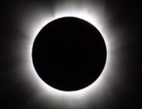 Le « soleil noir » : Soirée expérientielle de « méditation guidée dans le noir »