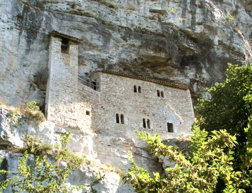 LE SOUFFLE DU GRAND SILENCE : RETRAITE EN ITALIE CONSACRÉE À L'APPRENTISSAGE  DE LA PRIÈRE DU CŒUR ET DU CORPS